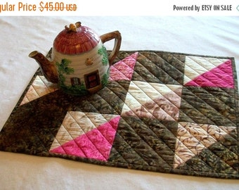 CIJ SALE Batik Table Topper Pink Brown Triangles Quilted Squares Mocha Kiss Quiltsy Handmade FREE U.S. Shipping