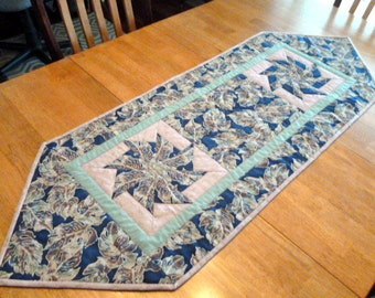 Rose and Blue quilt table runner Kaleidoscope Pattern