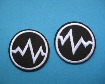 2 pcs Iron-on Embroidered Patch Heartbeat 1.4 inch