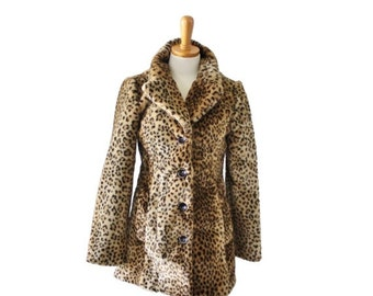 50% half off sale // Vintage 90s Faux Fur LEOPARD Print Coat // Women XS Small // plush, glam, Halloween, made in America
