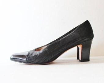50% half off sale // Vintage 80s Salvatore Ferragamo Heels  - Women 8.5 Narrow - Black Leather