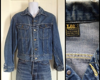 Vintage 1970's Lee Sanforized Union Made in USA Denim Blue Jean Jacket 2 Pocket looks Size M-L Distressed Faded Paint #1873