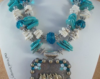 Western Cowgirl Necklace Set - Chunky Turquoise and White Howlite - Horse Trio Concho Pendant