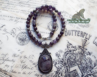 ENCHANTRESS .:. High Priestess Amethyst gemstone beaded necklace
