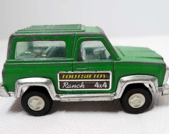 Tootsie Die Cast Cars Land Rover Green Toys and Games Toys Play Vehicles Toy Cars and Construction Vehicles