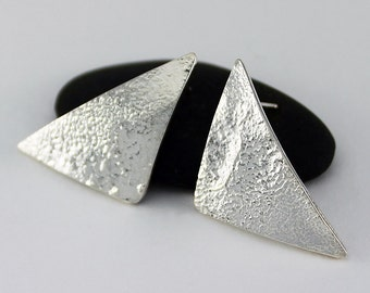 Handcrafted Sterling Silver Triangle Post/Stud Earrings Textured Polished Surface Contemporary Artisan Design Jewelry 0288561421316