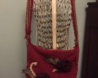 Red crochet embellished shoulder strap Purse