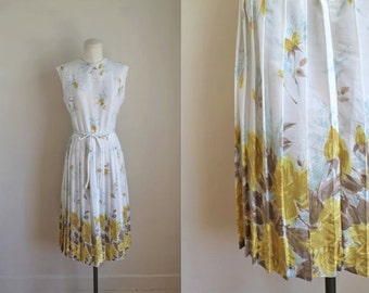 vintage 1960s floral dress -  POET'S WIFE rose print dress  / S