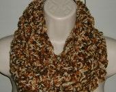 lady's crochet infinity scarf cowl (ref 349118)