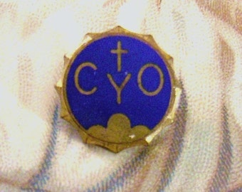 Religious Pin CYO Catholic Youth Organization Enameled Pin
