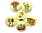 10 x Gardening Theme Wooden Buttons - 18mm - Mixed Colours (10)