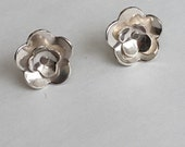 Small Silver Flower Post Earrings (EP-SSF1)