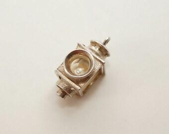 Vintage Sterling NUVO Lamp Post Charm