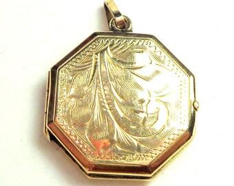 Antique Locket Pendent, Old English, 9K Yellow Gold, Ornate Leaf Engraving, Octagonal Shape, Edwardian, Holds 2 Photos, Portrait Jewelry