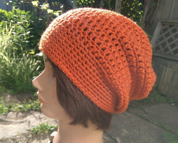 Crocheted slouchy hat in orange [vegan]