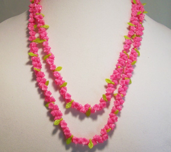 Pink Plastic Flower Bead 47in Necklace Lime By