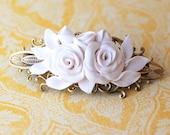 Hair barrette, hair pin, flower clip - white wedding barrette flowers bridesmade vintage looking
