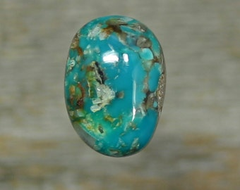 Turquoise cabochon Kingman mine,  A-38