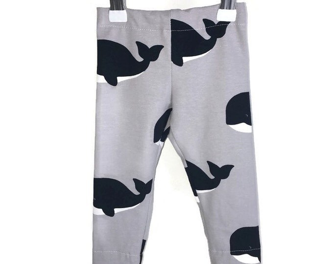 Leggings boy, Navy whales on grey, leggings whales, boys outfit, baby boy leggings, grey leggings, size newborn - 18 m