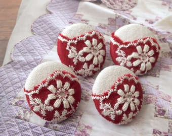 Fabric Covered Buttons - Shabby Chic Embroidery Red Shell Wave Floral Flower Lace On Off White (4Pcs, 0.98 Inch)