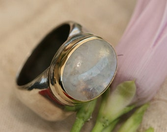 Moonstone Silver Rings, Pure Silver Moonstone Ring, Moonstone Ring, Silver and Gold Ring, Moonstone Jewelry, Birthstone Silver Ring , Size 8