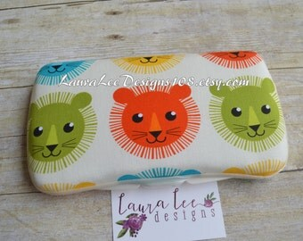 READY TO SHIP, Clearance Sale, Lion Manes on Cream Travel Baby Wipe Case, Personalized Diaper Wipe Case, Baby Shower Gift, Jungle, Safari