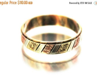 XMAS SALE Vintage 3 Tone Gold Wedding Band Ring Rose Yellow White Engraved 9ct 9k | FREE Shipping | Size M.5 / 6.5