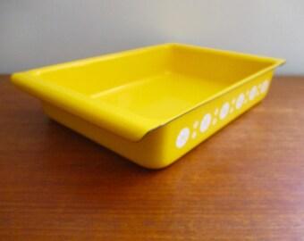 Cathrineholm Yellow Enamel Baking Pan Lasagne Lasagna Dish Yellow Viking like Lotus Pattern
