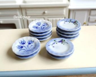 Miniature Porcelain Blue Flower plates - Tableware Shabby Chic Dollhouse Fake Food Jewelry DIY Craft Supply (2.5cm width)