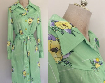 1970's Lime Green Floral Print Button Up Dress Polyester Shirtwaist Dress Size Medium by Maeberry Vintage