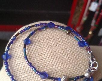 Tiny bead blue bracelet