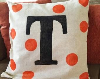 Monogrammed pillow cover, modern pillow, throw pillow, monogrammed decor, letter pillow, personalized throw pillow, wedding gift, fall decor