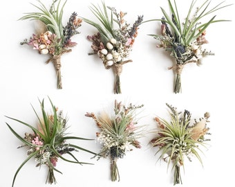 Air Plant Wildflower Boutonnieres // Tillandsia boutonnieres // wedding