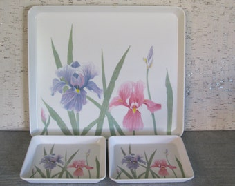 Melamine Trays With Pink and Blue Iris / Made in Italy / Vintage Set of Trays / Indoor Outdoor Serving Trays