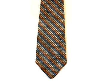 70s Men's Tie - Sharp 1970s Orange & Cobalt Striped Mens Neck Tie - Diagonal Stripes - Mottled Unusual Color Combo Necktie - 37180-1