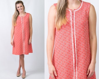 Vintage 1960s Red Orange Basketweave Shift Dress w/ White Ric Rac // Size Medium // FREE SHIPPING