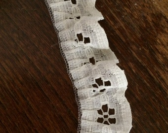 """PER YARD lot of ivory eyelet lace trim SCA doll clothes doll making sewing bridal wedding 3/4"""" wide craft favors cosplay costume A-18"""