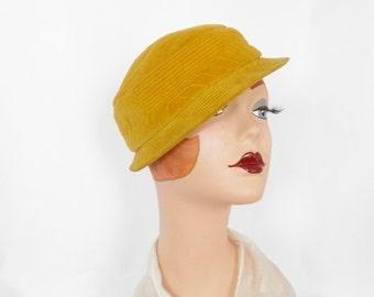 Vintage 1960s hat, gold Madcaps cap.