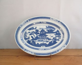 Vintage Blue Willow Chinoiserie Oval Platter (Plate)
