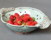Large Berry Bowl Collander Strainer Swirl Handles Green