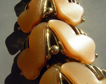 Peach Moonglow Lucite Bracelet Large Chunky & Luminous Vintage 50s or 60s