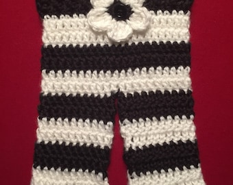 Crochet newborn black & white stripped pants with flower