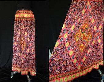 FESTIVAL Crinkle Pleated Ethnic Vintage 1970's Hippie MAXI Skirt M L