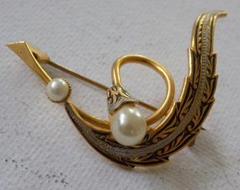 Vintage brooch, damascene enamel brooch, floral brooch,pearl brooch, 1960s brooch, spanish style brooch, vintage jewelry