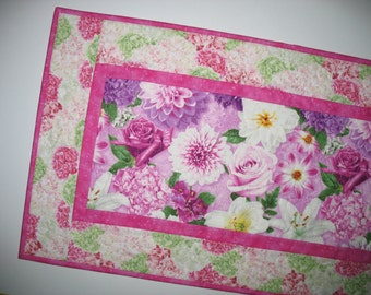 Floral Table Runner, Spring, quilted, Summer, table linens, fabric from Wilmington Prints
