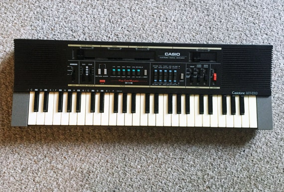 vintage casio mt 210 keyboard midi synthesizer by smilehood. Black Bedroom Furniture Sets. Home Design Ideas
