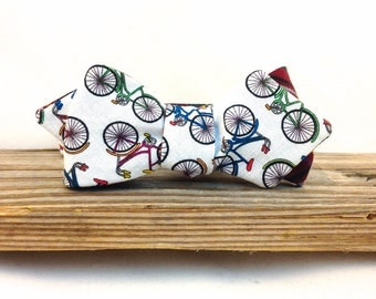 Bicycle Bowtie / Reversible Bowtie / Biking Tie / Gifts for Cyclists / Men's Bike Bowtie / Teacher Gift / Mens Accessories / Dress Up