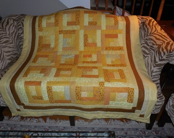 SUNSHINE YELLOW QUILT