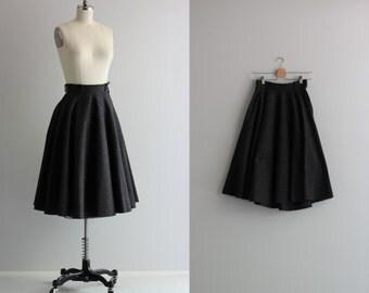 40s 50s Vintage Skirt . Gray Full Circle Skirt . Fall Fashion Wool Skirt