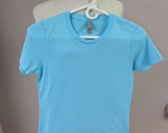 Next level aqua sleeves t-shirt - S - lace bottom
